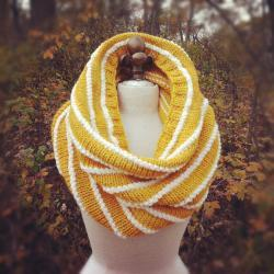 Alpaca Wool Texture Striped Cowl - Yellow and Ivory